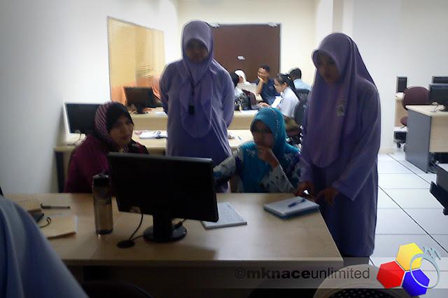 mknace unlimited™   Bengkel Multimedia Kreatif JPN Johor 2012 : Day 1