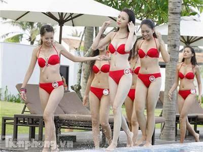 Hoa Hậu Việt Nam mặc bikini tỏa sắc bên bể bơi 3