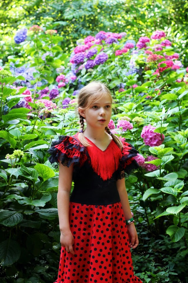 flamenco dress, flowers, festival, Larmer Tree