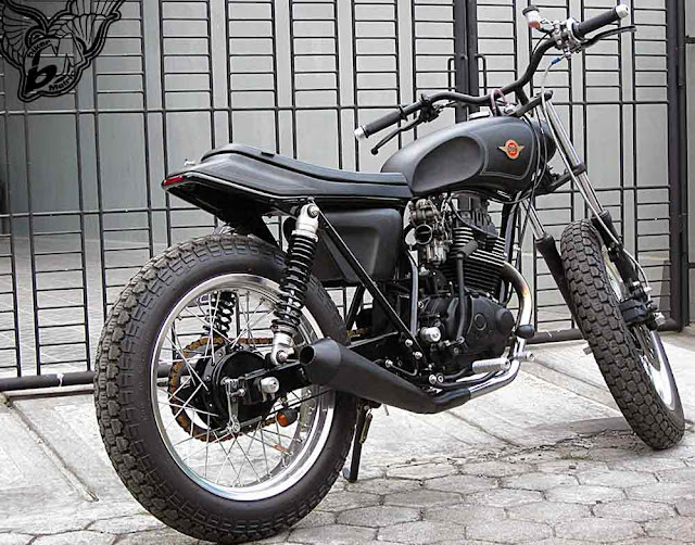 custom gl200 single cylinder street tracker | daiztdesign