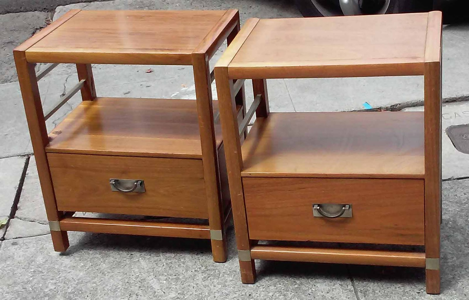Uhuru Furniture