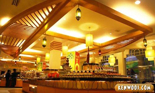taman sari brasserie interior