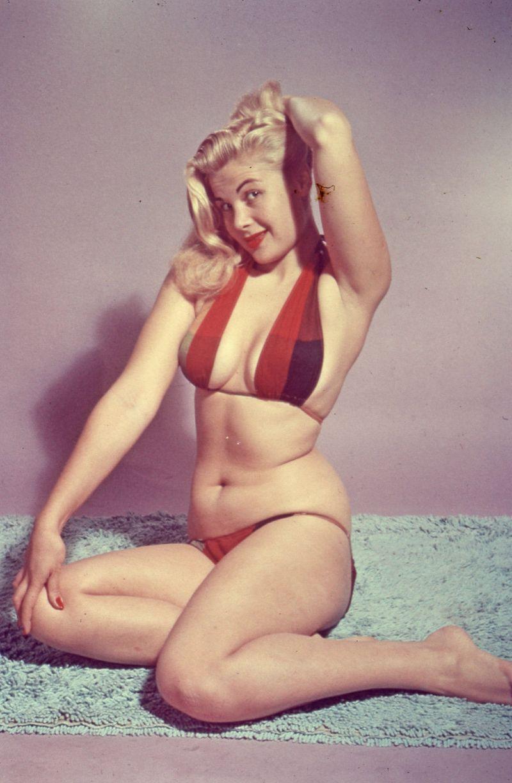 Film Noir Photos: Bathing Beauties: Cleo Moore