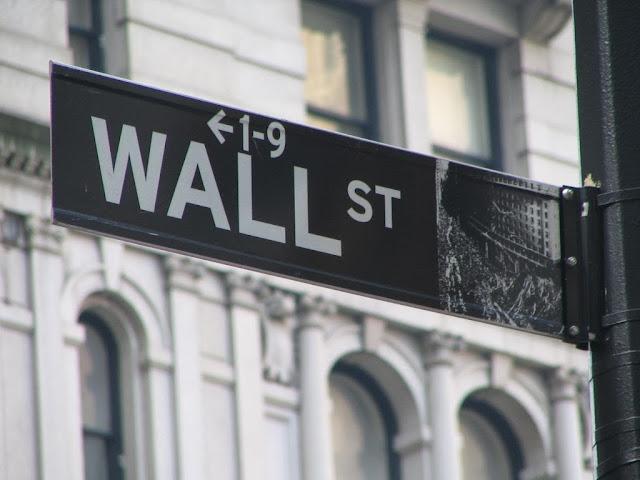 Série de suicídios entre banqueiros. Crise financeira