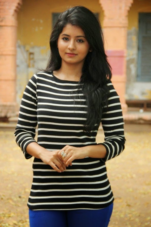 Reshmi Menon New Photos From Tamil Movie Kirumi