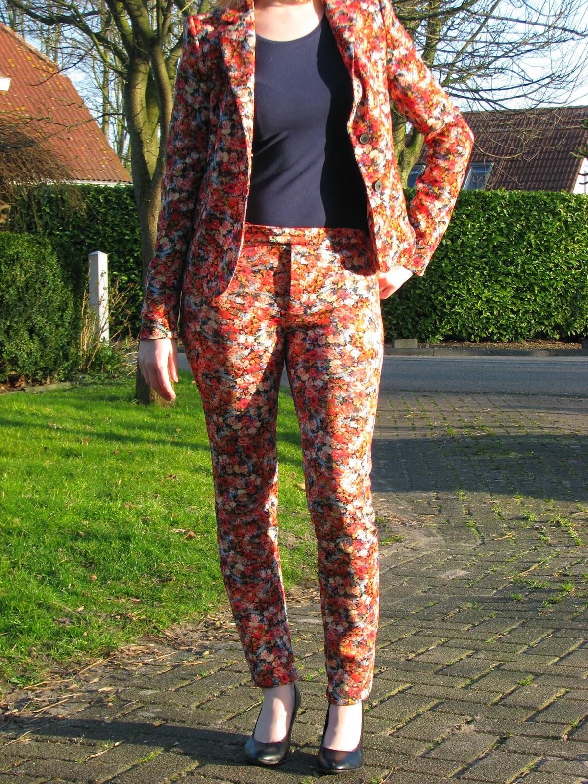 http://hmlovur.blogspot.nl/2014/03/outfits-of-week-week-10.html