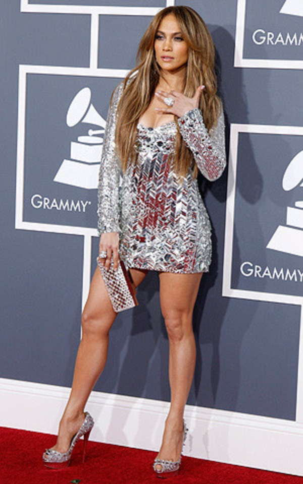 jennifer-lopez-grammy-awards-2011-mdn