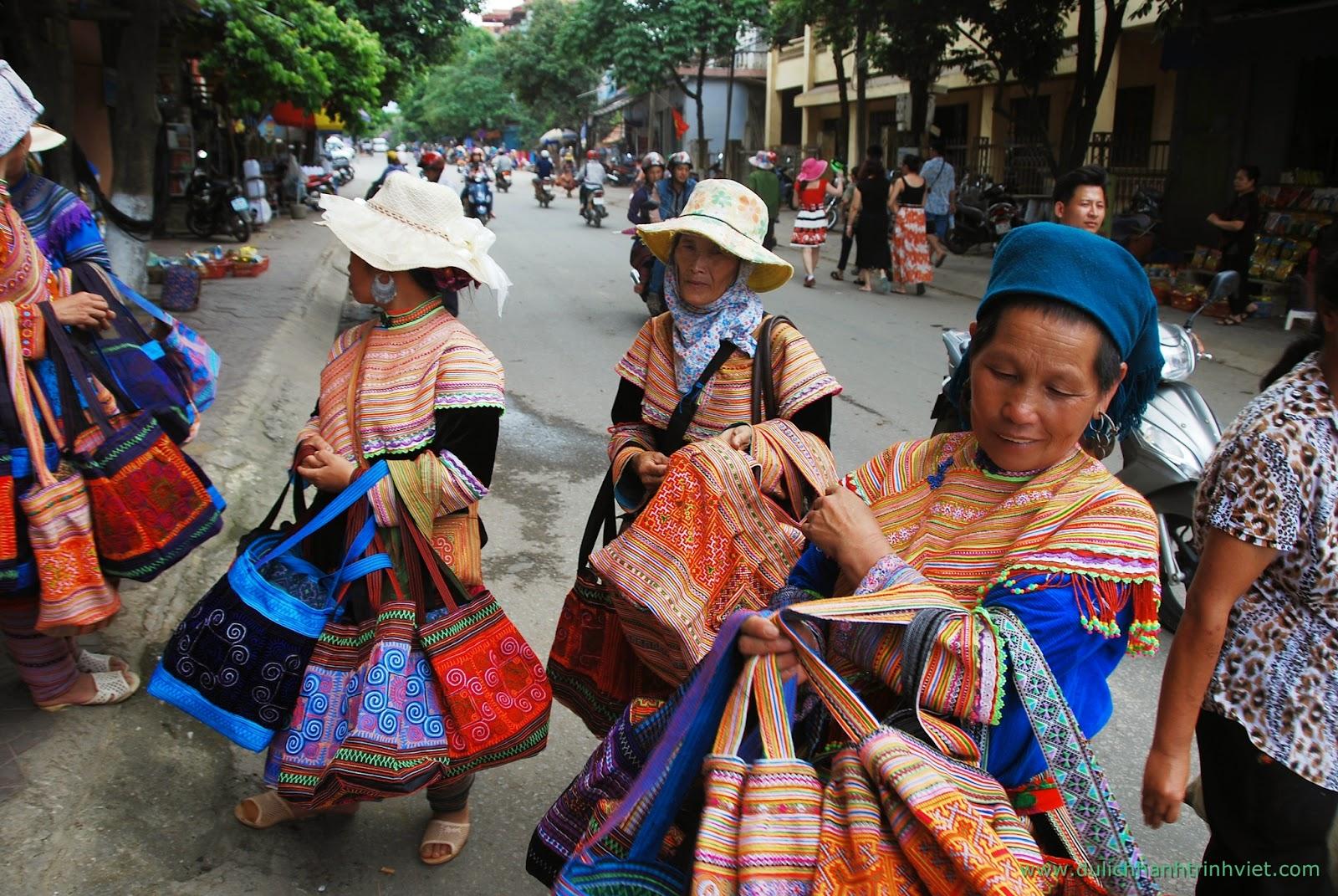 Du lịch tham quan chợ phiên Bắc Hà, Lào Cai