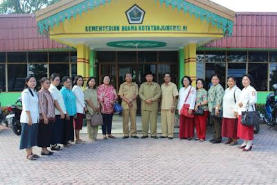 Guru Pendidikan Agama Kristen Temu Ramah dengan Kakankemenag Tanjungbalai