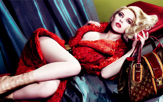 Scarlett Johansson with Fur and Leather Bag Lying HD Wallpaper