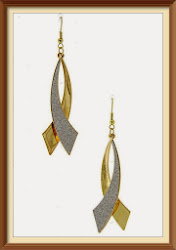 Metal Double Curved Glitter Gold Earring