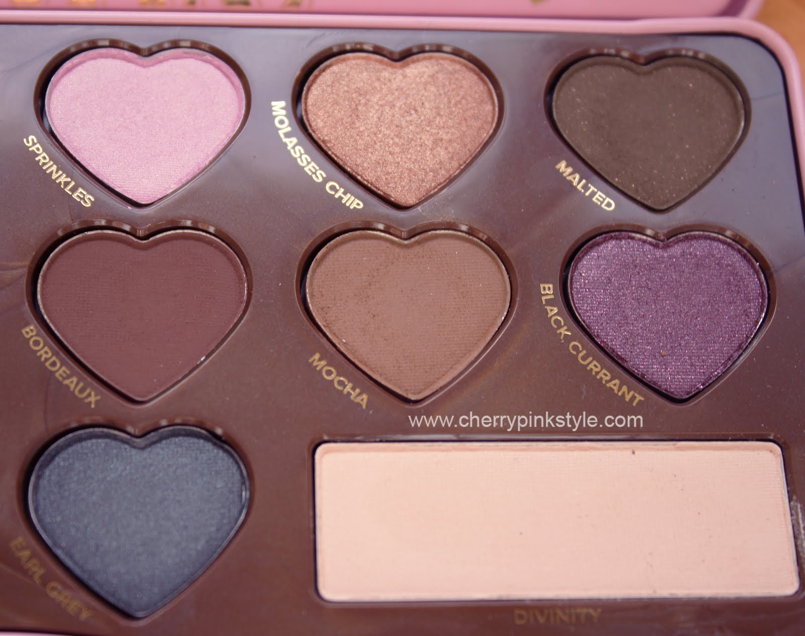 Too faced eye shadow