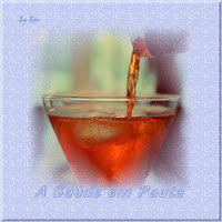 Taça com bebida alcoólica indicando os novos parâmetros do consumo de álcool