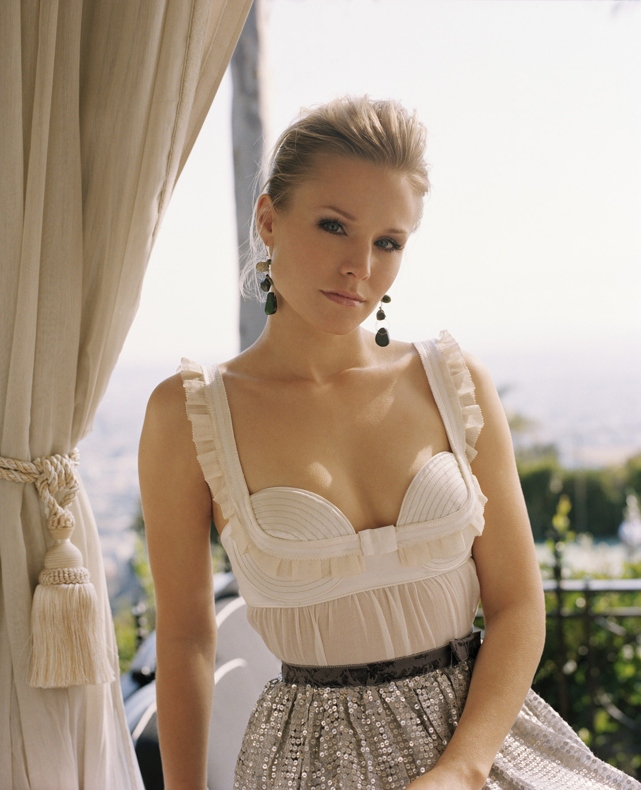 kristen bell rock women and beauty