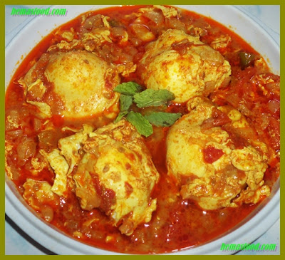 Tomato Egg Scramble Curry