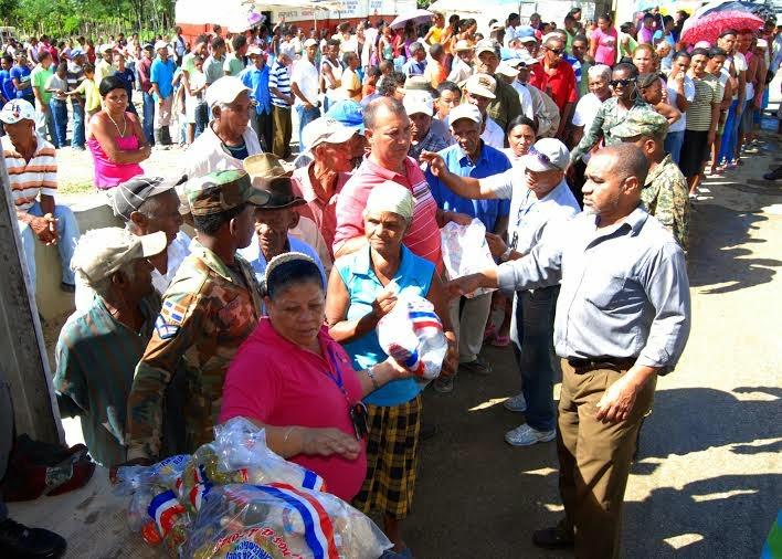 Plan Social distribuyeraciones para alimentar a 44 mil personas