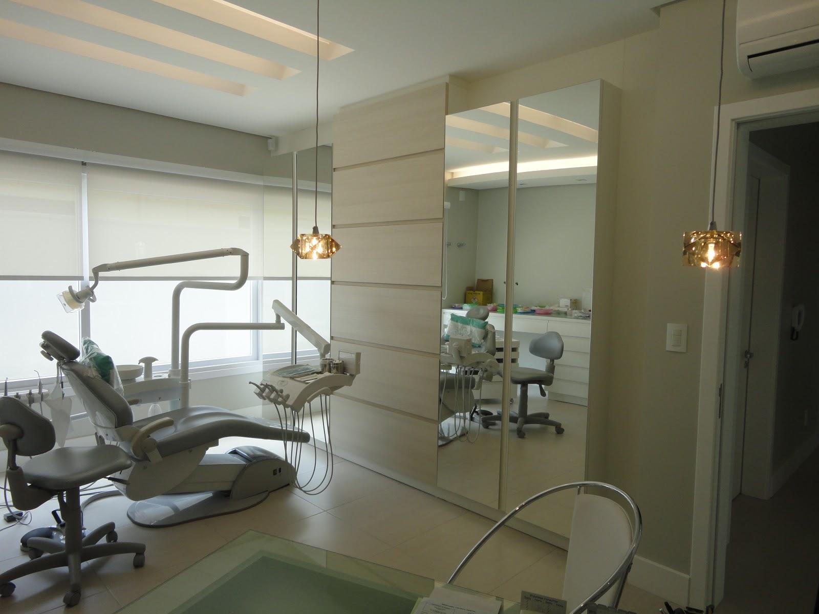 Aparador Madeira ~ consultório odontológico