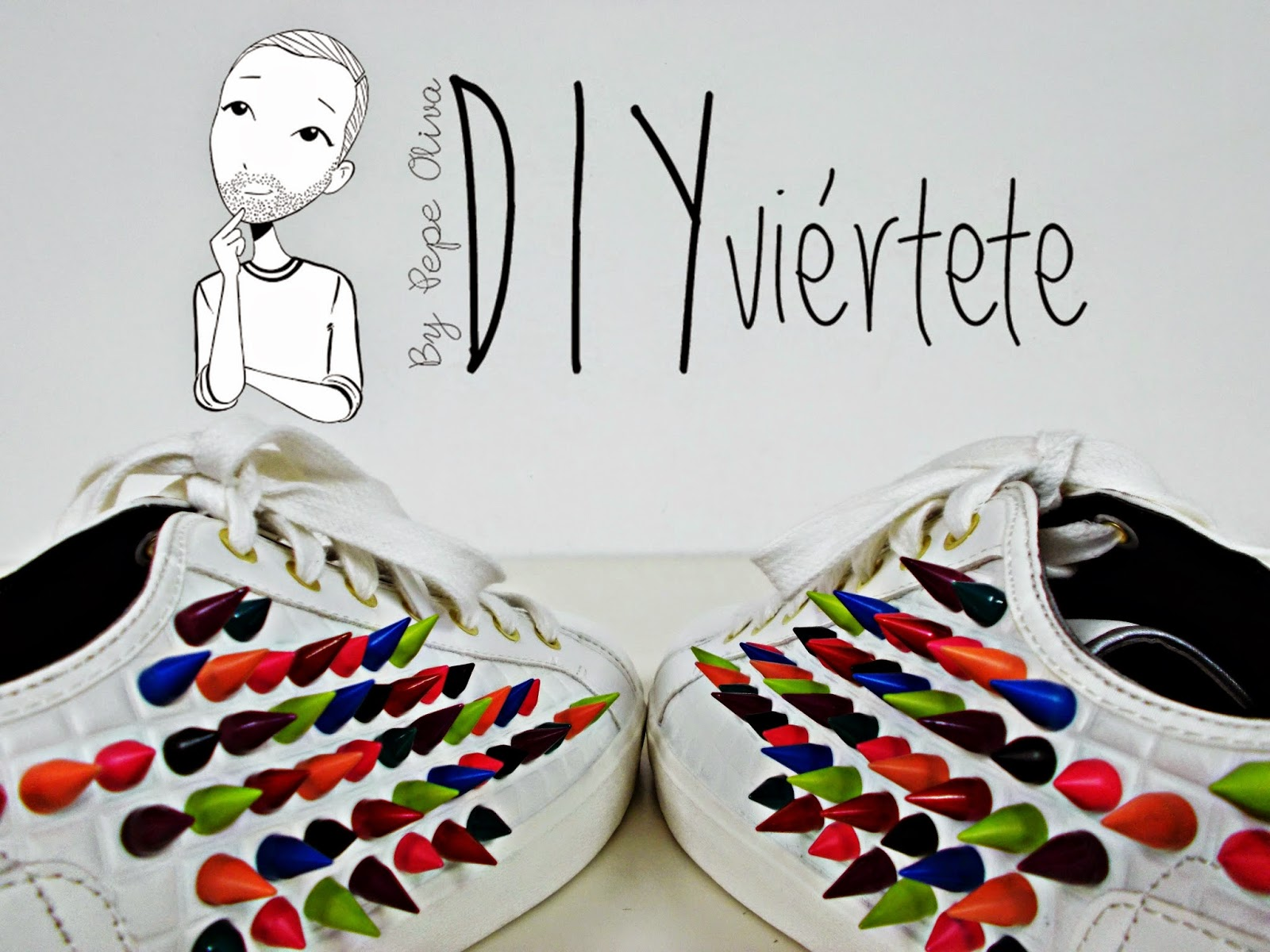 DIY-zapatillas-tunear-customizar-CHRISTIAN-LOUBOUTIN-zapatos-pinchos-esmaltes-pinta uñas-colores-16