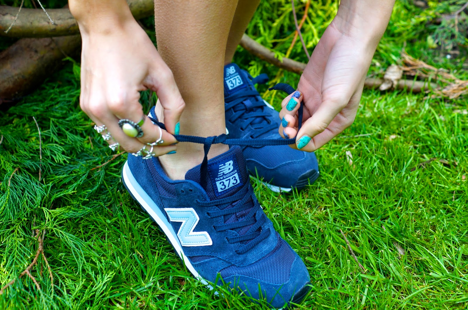 new balance trainers 373