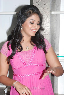 actress anajli new Pictures prince forever mark 0019.jpg