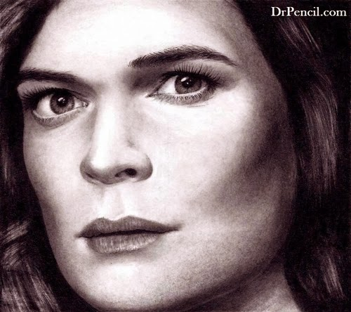 07-Betsy-Brandt-Marie-Schrader-Breaking-Bad-Rick-Kills-Pencils-DrPencil-Hyper-Realistic-Rick-Fortson-www-designstack-co