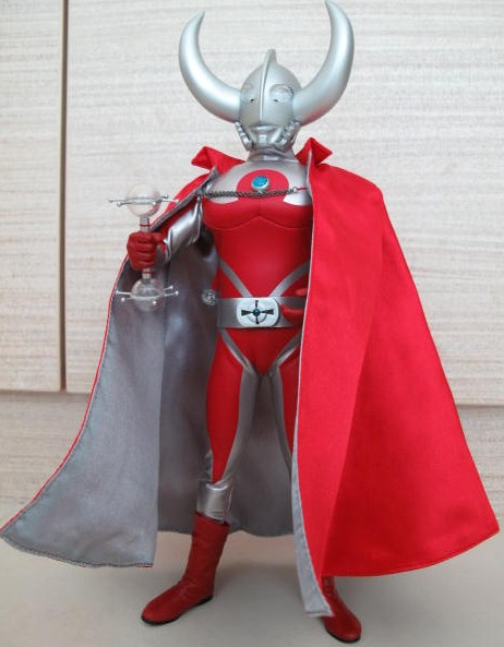 diverobots: Medicom Ultraman Father