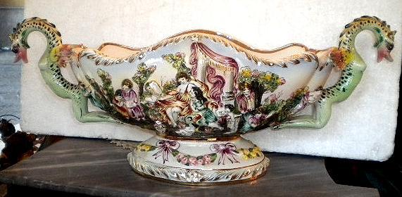 Di qua e di la le porcellane di capodimonte porcelain for Vasi capodimonte