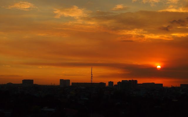 Sunset over Manila