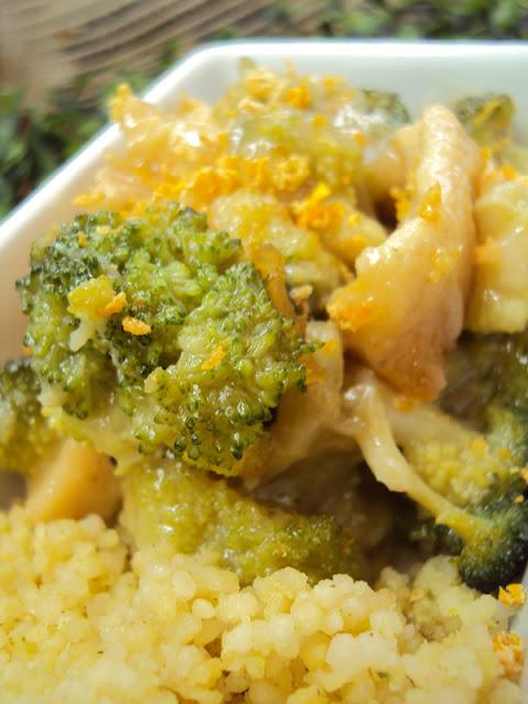 Kurczak cytrynowy, pierś z kuczaka z brokułami i cytryną