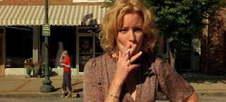 Elizabeth Banks Smoking