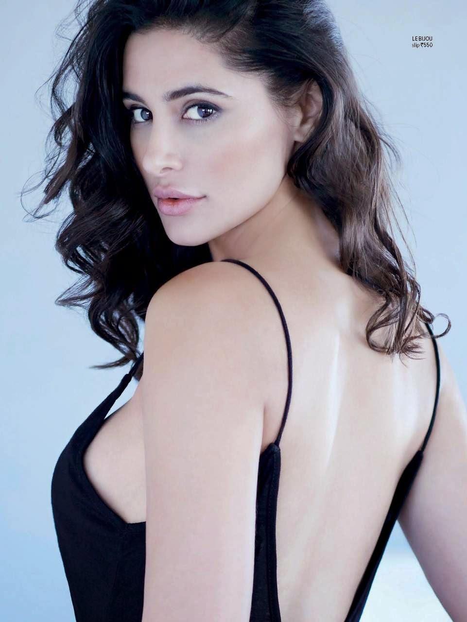 Nargis Fakhri Spicy Photoshoot For Maxim India Magazine September 2014
