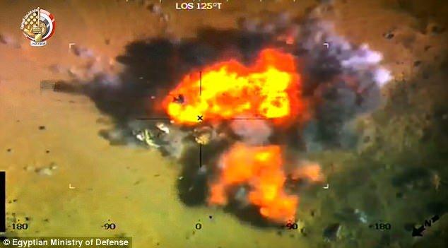 «Κονιορτοποίηση» χρήσιμων ανθρωποειδών τζιχαντιστών από την αιγυπτιακή Αεροπορία που προσπάθησαν να επιτεθούν στο Σινά (βίντεο)