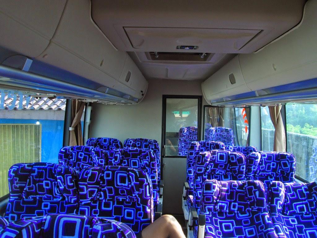 transport-spec: Bus Terbaru Kurnia Mercedes-Benz OC500RF 2542