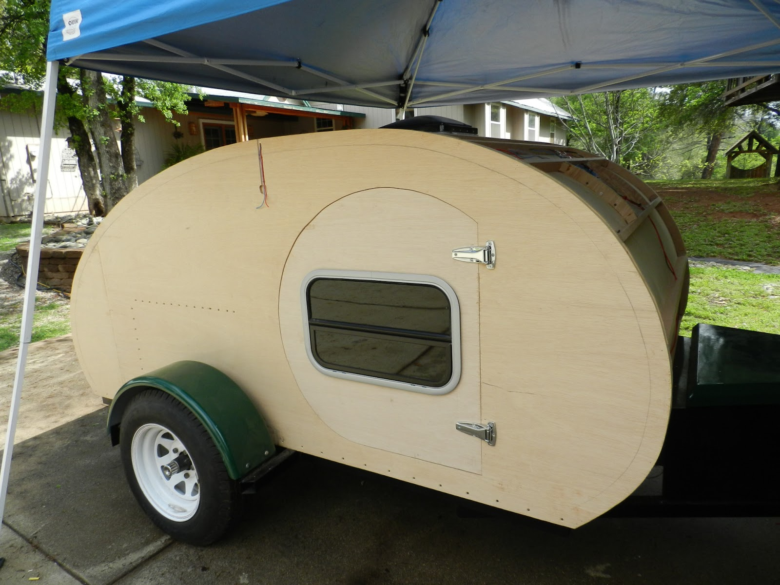 Figuring it out as I go. : teardrop doors - pezcame.com