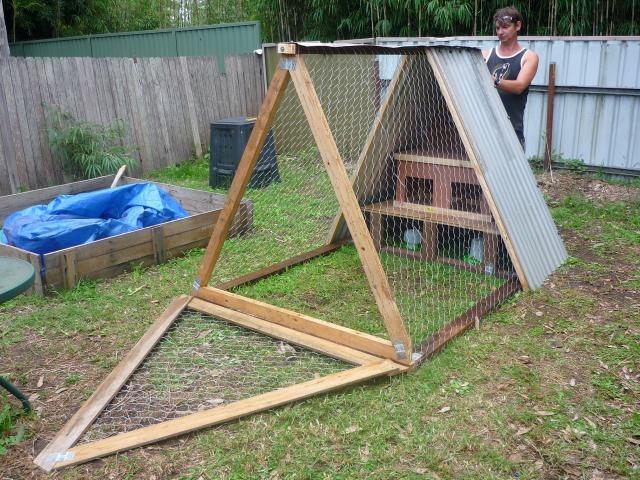 Chicken coop designs a chicken coop plan for Small chicken house plans
