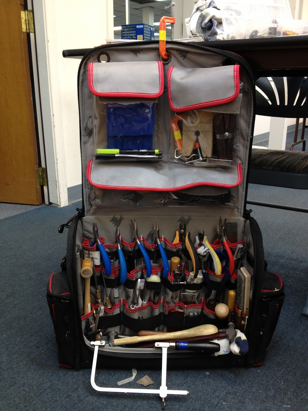 The Bag Has 27 Inside Pockets, 20 Straps For More Tool Storage And 4  Outside Pockets. It Holds 8 Pliers, Multiple Hammers, Bench Block, Large  And Needle ...