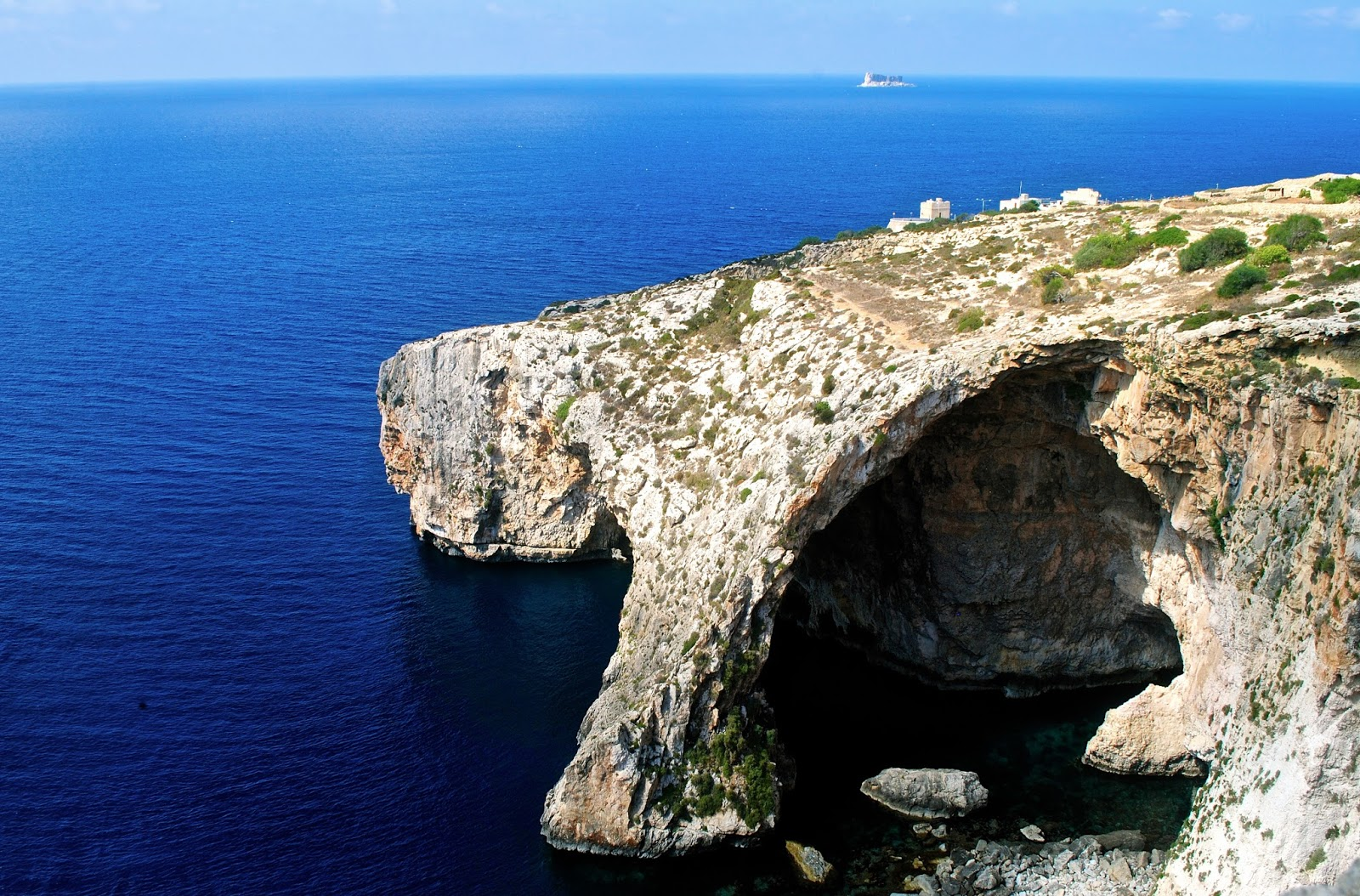 Prehistoric Megalithic Temples of Malta tour : Blue Grotto