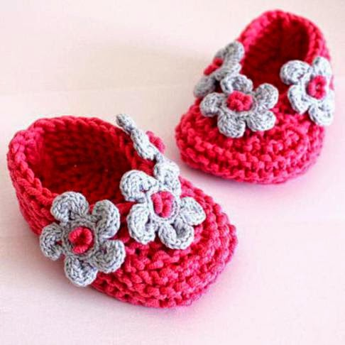 Puppy Dog Baby Hat Crochet Pattern : Recycling Arts and Crafts: Crochet Baby Booties