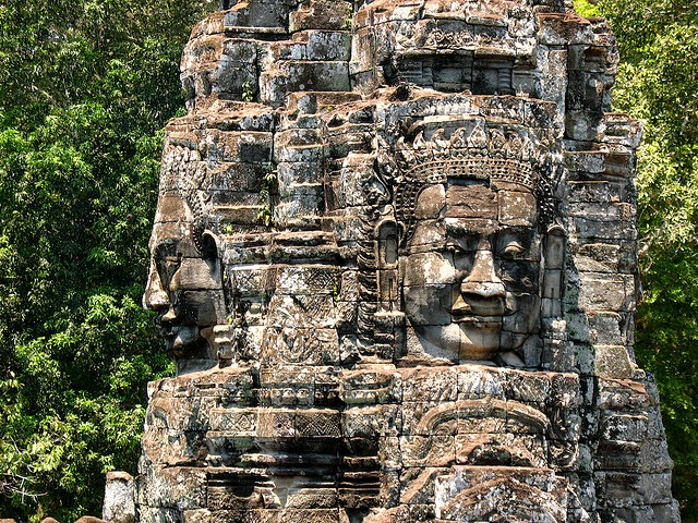 a look at the mon and khmers in the great hindu buddhist kingdom in cambodia Funanese were probably earlier arrivals of mon-khmer people & spoke an austro-asiatic language  a richly decorated khmer temple at angkor in cambodia  was a javanese hindu-buddhist kingdom located in east java between 1222 and 1292.