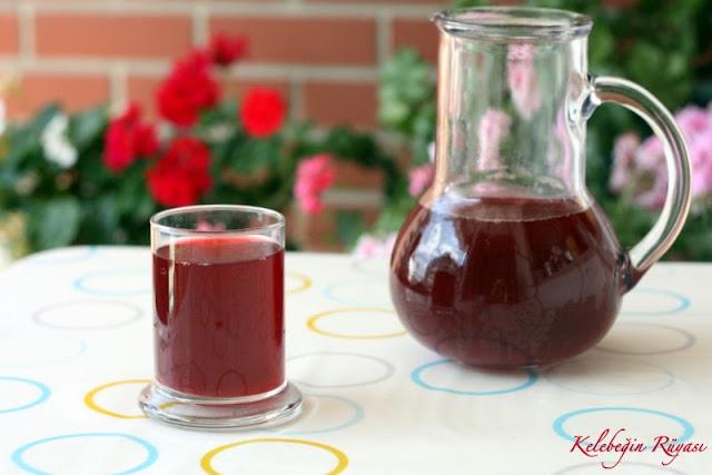 vişne şeftali meyve suyu hazırlama