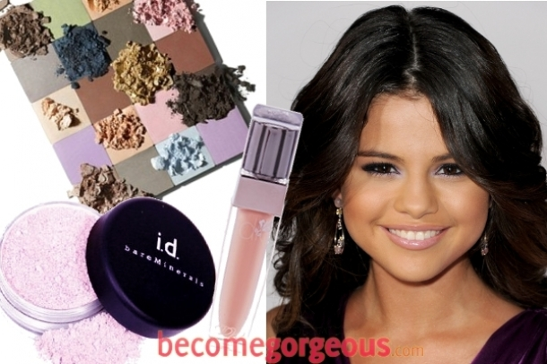 how to put on makeup like selena gomez. selena gomez eye makeup up