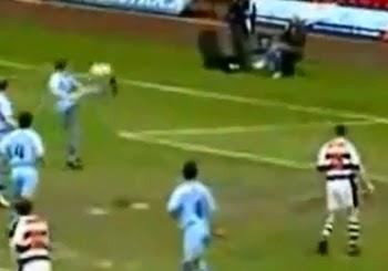 Gol Bunuh Diri Paling Konyol