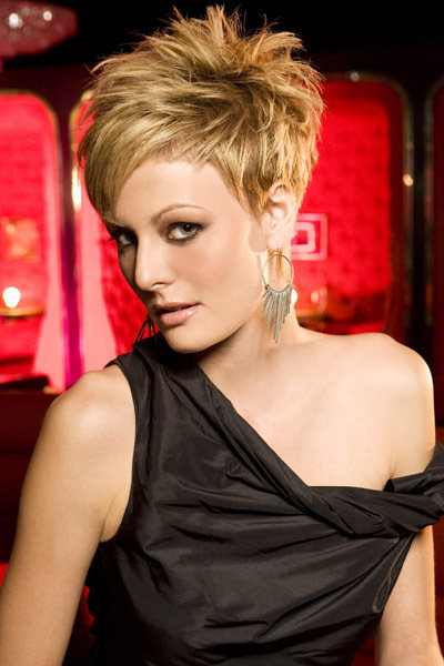 Celebrity women short hairstyles 2012