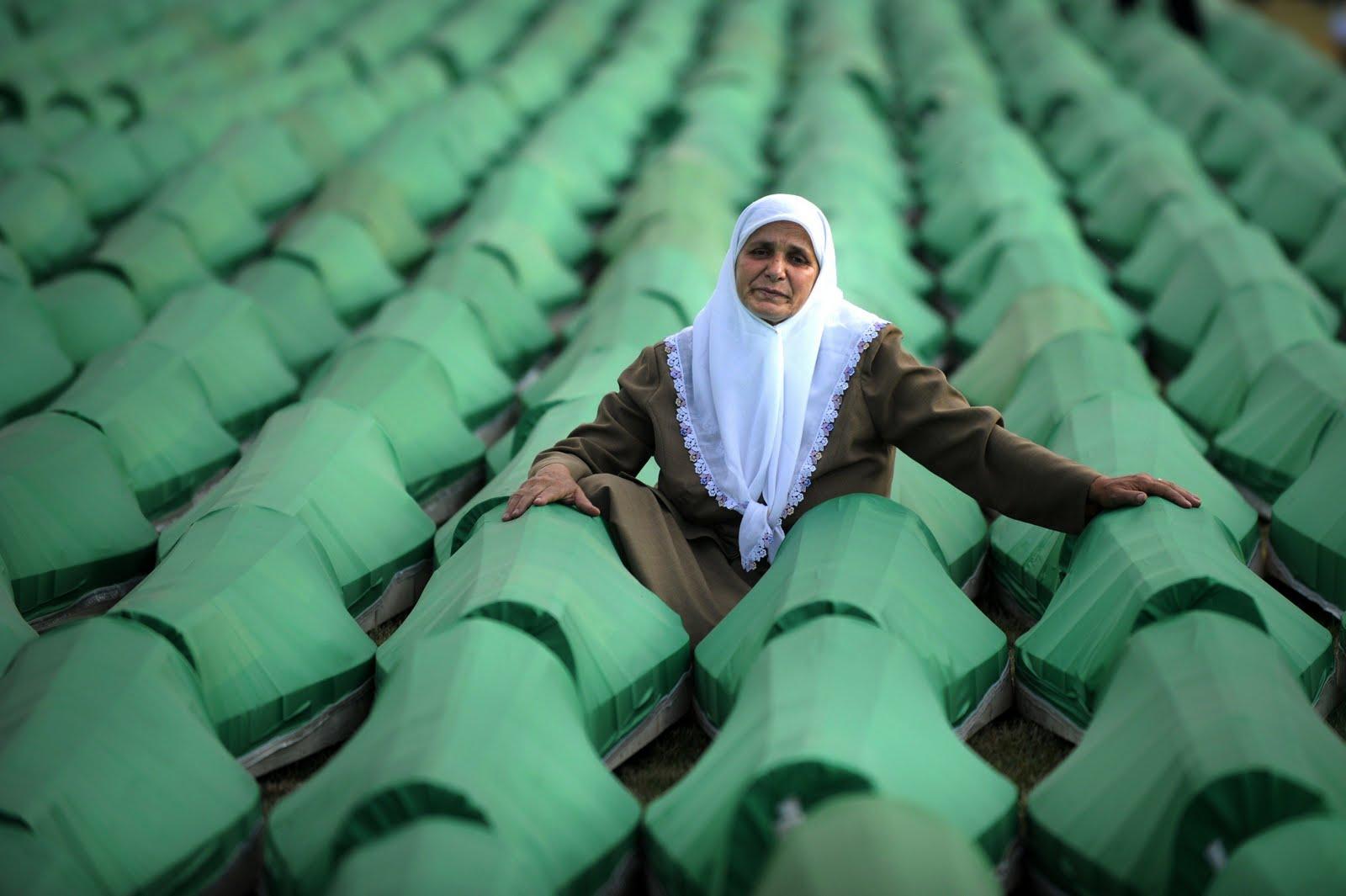 Srebrenica 1995: Shooting Muslims in a Barrel