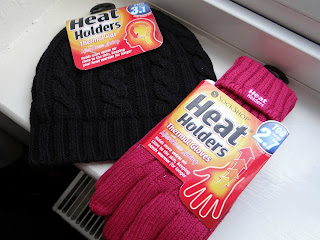 heat holders, thermal hat, thermal gloves