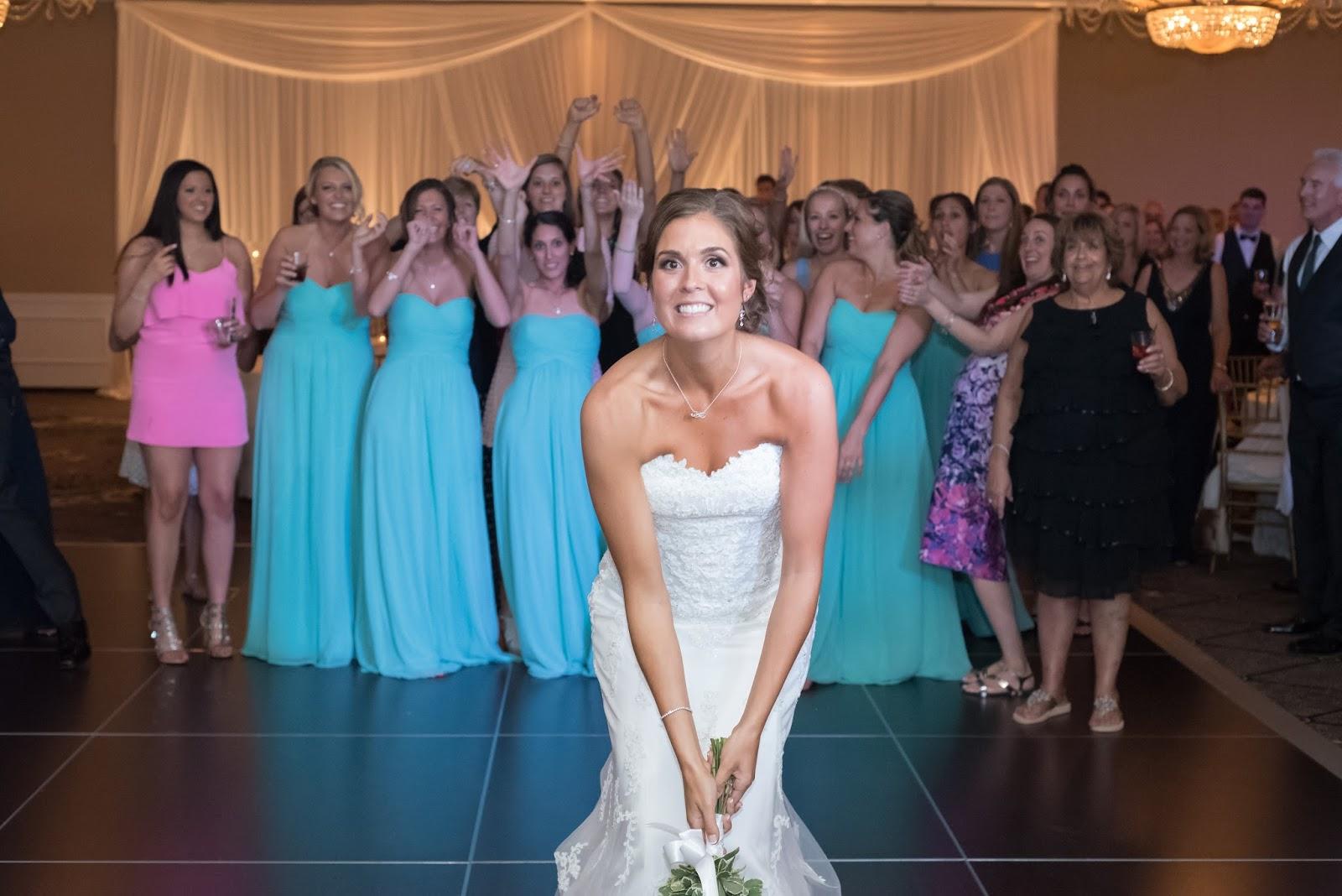 Calm Weddings