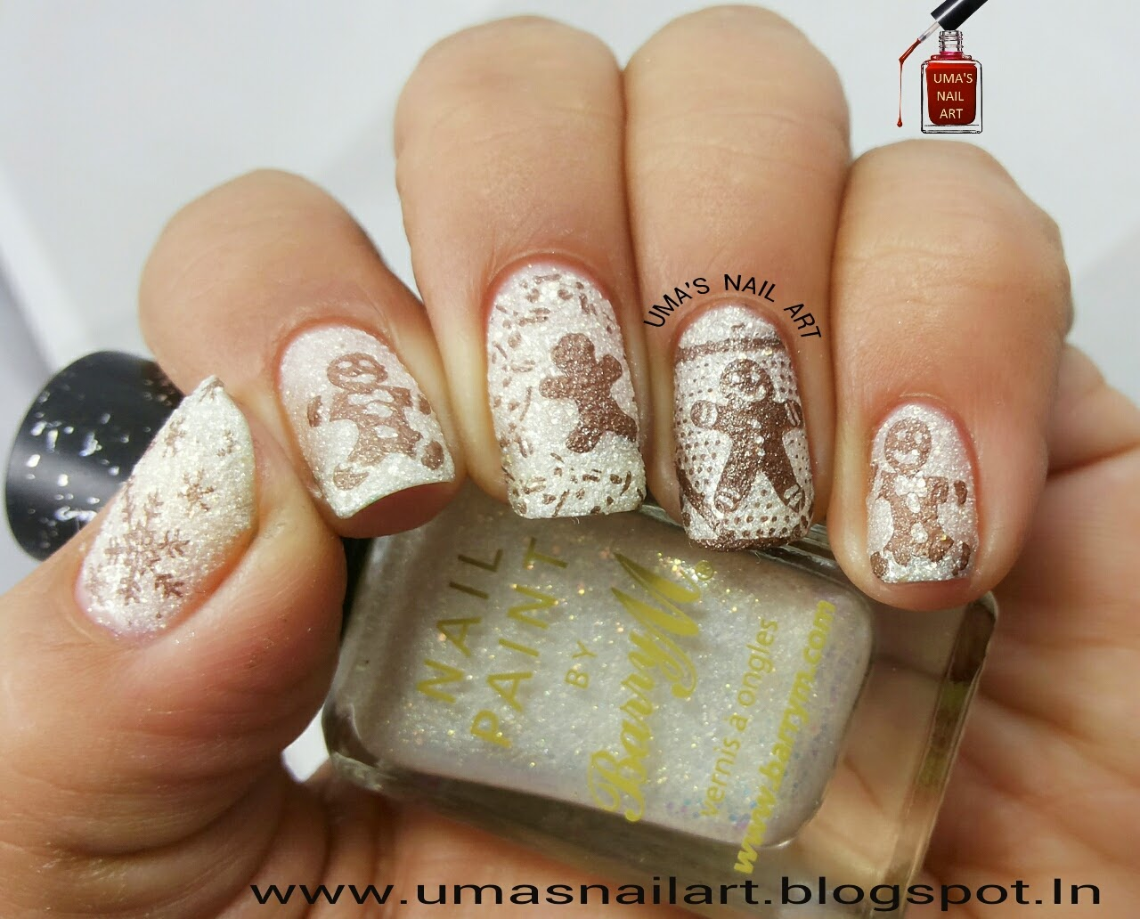 Umas nail art gingerbread nails these biscuits are decorated and then given as a sweet present to relatives or family members so i also present you my delicious gingerbread nail art prinsesfo Choice Image