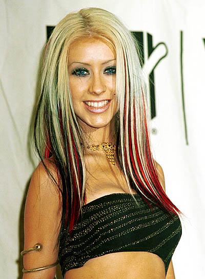 christina aguilera hair colors