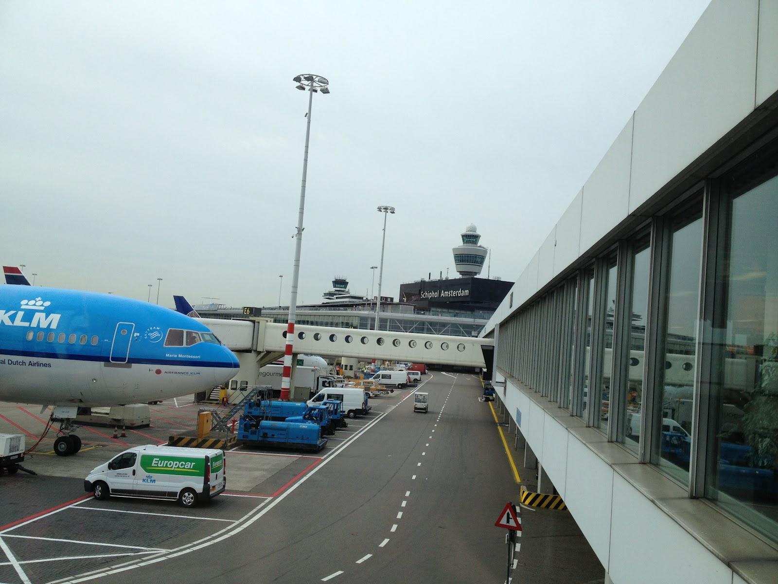 vertrekken bremen airport