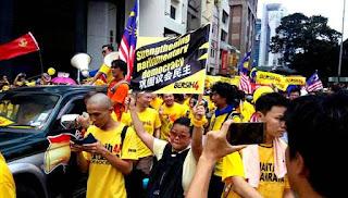 Bersih 4.0: Akhbar UMNO persoal dominasi kaum Cina
